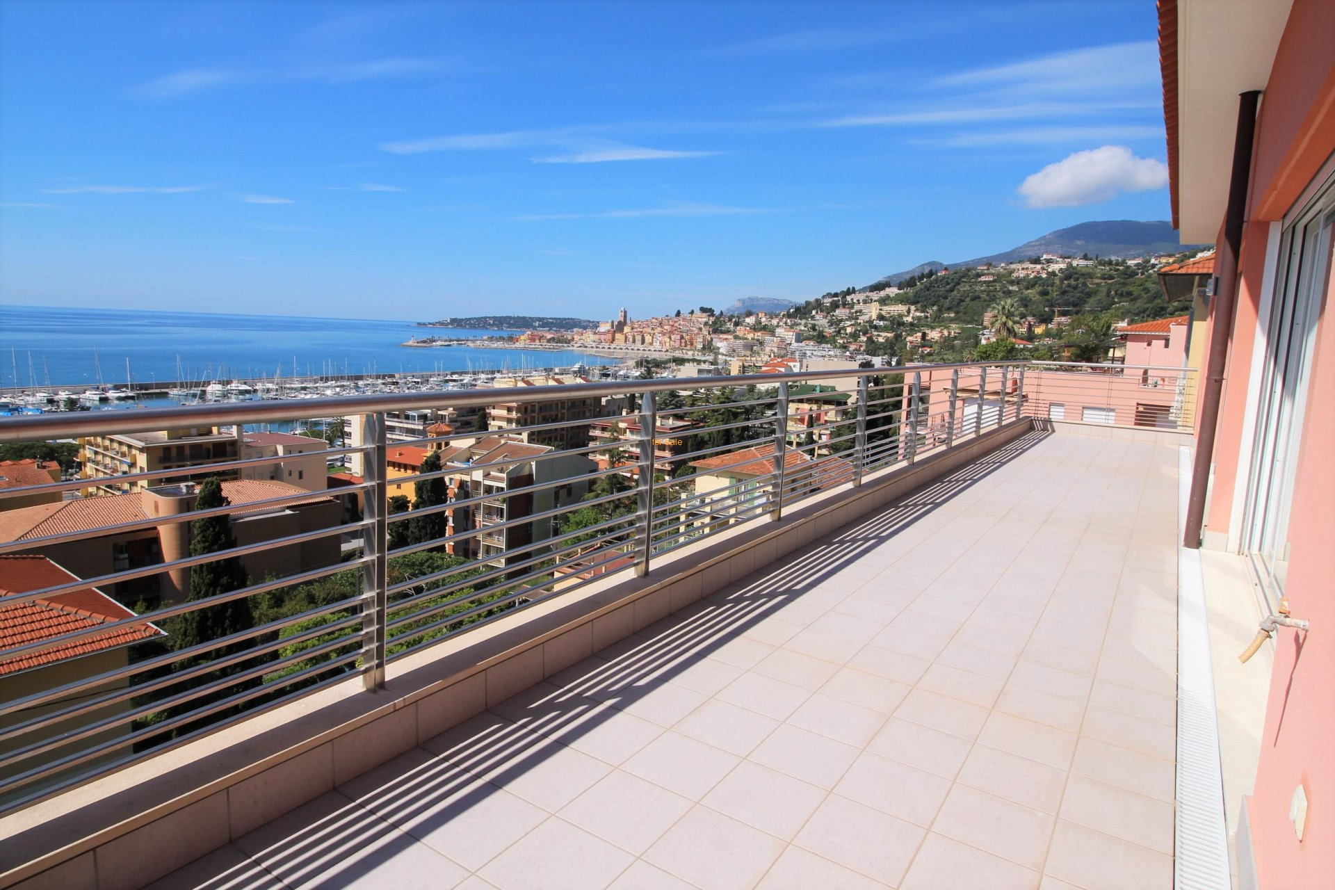 WMN2861743, Penthouse apartment with large terrace and magnificent sea view - Menton Garavan