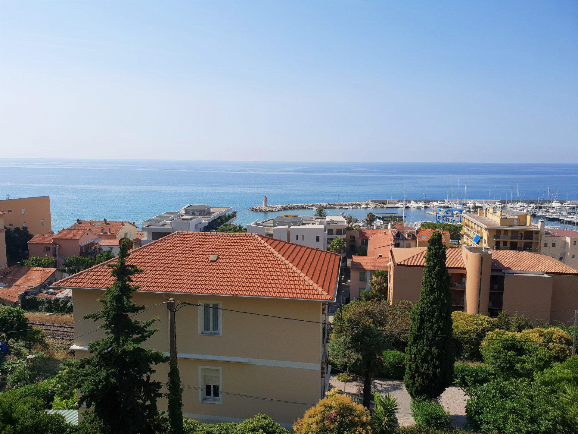 WMN2861908, Superb 2 bedroom apartment with terrace and magnificent sea view - Menton Garavan